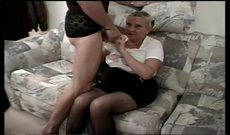 Трахнуть бабушку видео фото 389-486