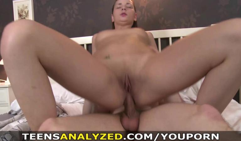 Секс с озабоченной красоткой фото 280-430